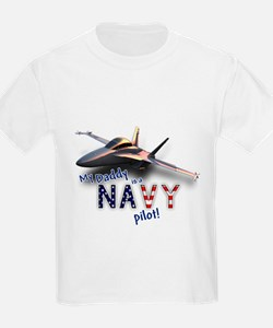 Daddy Navy Pilot (F-18) T-Shirt
