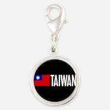 Taiwan: Taiwanese Flag & Taiwa Silver Round Charm
