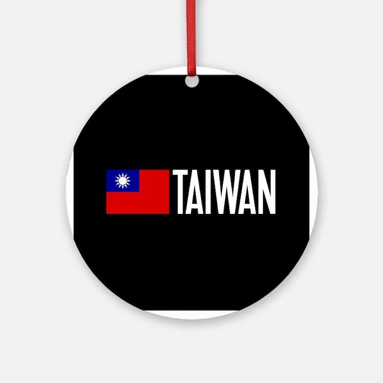 Taiwan: Taiwanese Flag & Taiwan Round Ornament