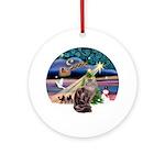 Xmas Magic & Maine Coon (10) Ornament (Round)