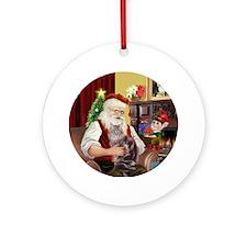 Santa's Maine Coon cat (10) Ornament (Round)