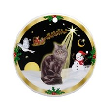 Night Flight Maine Coon (10) Ornament (Round)
