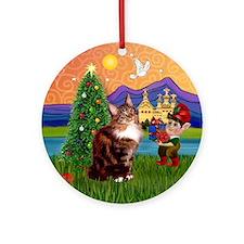 Maine Coon Xmas Fantasy Ornament (Round)