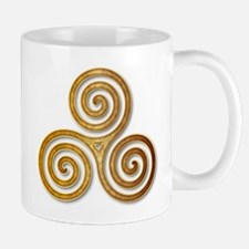 Celtic Triple Spiral in Citrine & Gold Mugs