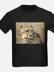 sepia scopey cheetah kenya collection T-Shirt