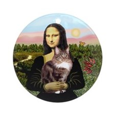 Mona's Maine Coon cat (9) Ornament (Round)