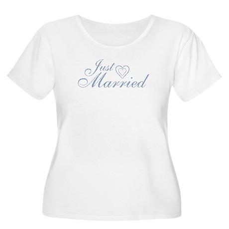 Just Married - Blue Heart Women's Plus Size Scoop