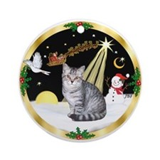 Wreath (G) - Silver Tabby Ornament (Round)
