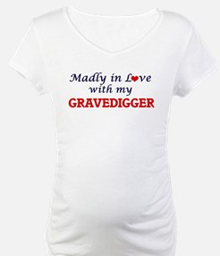 Madly in love with my Gravedigge Shirt