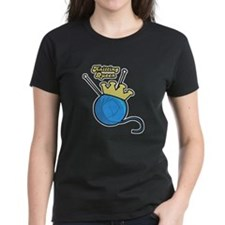 Knitting Queen Tee