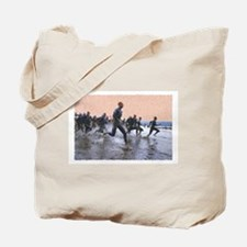 TRIATHLON SWIM START Tote Bag