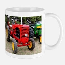 Old red tractor Mugs