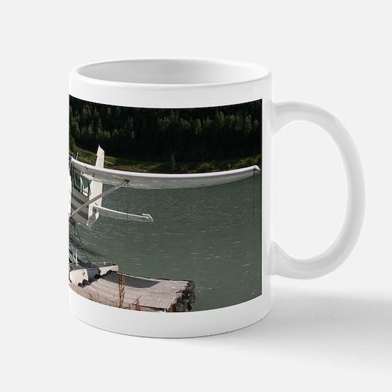 Float plane, Trail Lake, Alaska 2 Mugs