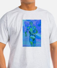 LOOKING STRONG PAINTING T-Shirt
