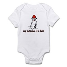 My mommy is a hero (fire) Infant Bodysuit