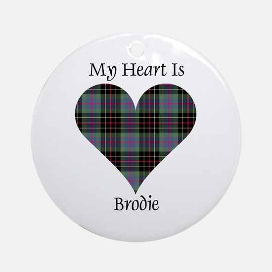 Heart - Brodie hunting Round Ornament