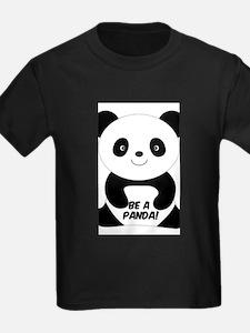 pandaaa T-Shirt