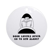 Book Lovers Bed-Male<br> Keepsake (Round)