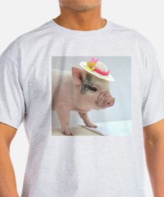 Micro pig with Summer Hat T-Shirt
