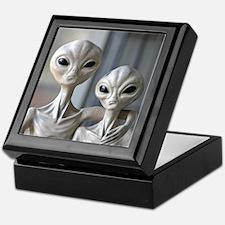 Alien Couple - Keepsake Gift Box