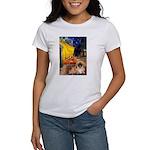 Cafe /Pekingese (r) Women's T-Shirt