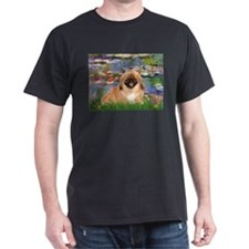 Lilies / Pekingese(r&w) T-Shirt