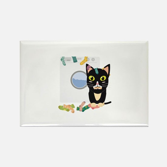 Cat with washing machine Magnets