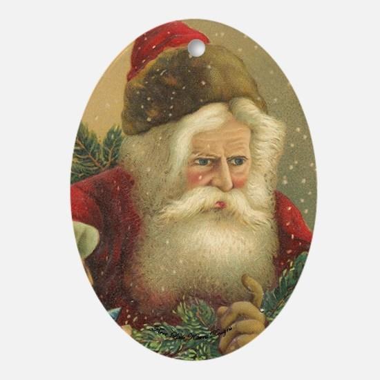 TLK024 Vintage Santas Oval Ornament