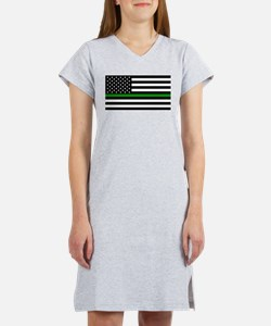 U.S. Flag: The Thin Green Line Women's Nightshirt