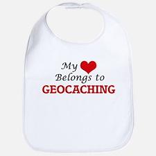 My heart belongs to Geocaching Bib