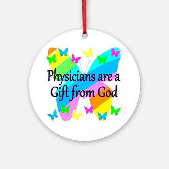 DOCTOR PRAYER Round Ornament