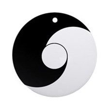 Hotu Ornament (Round)