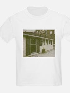 hut photo.PNG T-Shirt