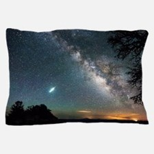 Unique National parks bryce canyons Pillow Case