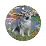 Lilies & Ornament (Round)
