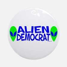 Aliens For Ornament (Round)