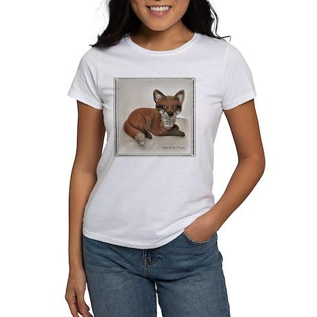 Fox Resting Design Women's T-Shirt