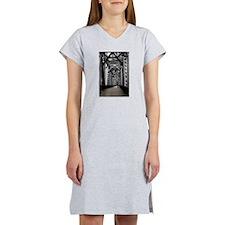 Buccaneers - Cheerleaders Roc Dog T-Shirt