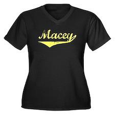 Macey Vintage (Gold) Women's Plus Size V-Neck Dark