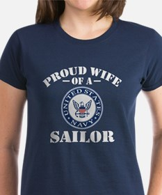 Proud Wife Of A US Navy Sailo Tee