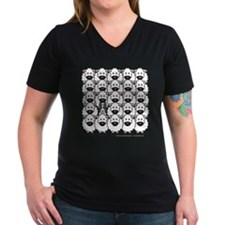 Border Collie and Sheep Wm's V-Neck Dark T-Shirt