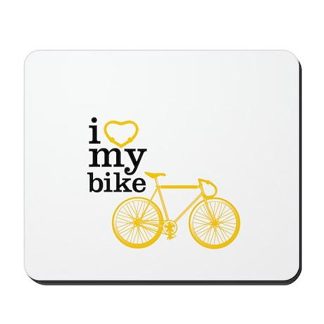 I heart my bike Mousepad