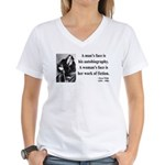 Oscar Wilde 8 Women's V-Neck T-Shirt