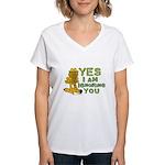Ignoring you Garfield Women's V-Neck T-Shirt