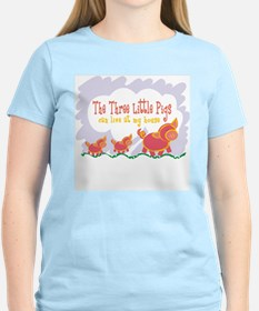 3 Pigs Can Live With Me T-Shirt