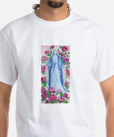 Mary-In-Her-Rosary_by_CMRose-July2009.jpg T-Shirt