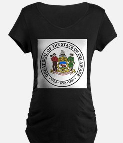 Great Seal of Delaware Maternity T-Shirt