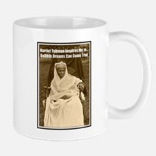 Harriet Tubman Inspires Dreamers Mugs