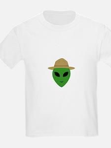 Alien with park ranger hat T-Shirt