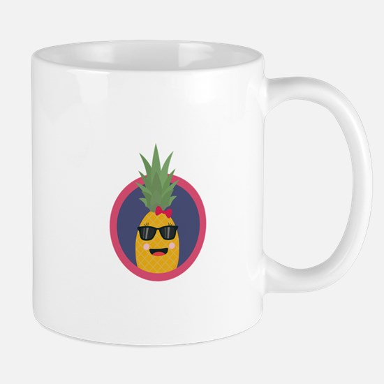 Cool pineapple with sunglasses Mugs